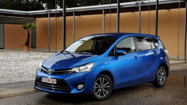 Toyota Verso front static