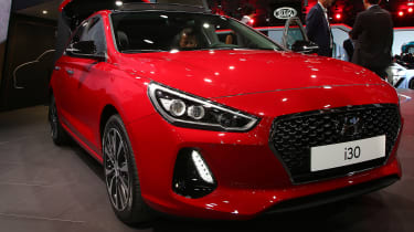Hyundai i30 - Paris front three quarter