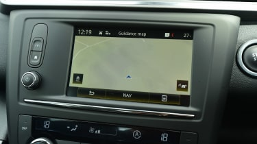 MG GS vs rivals - Renault Kadjar infotainment