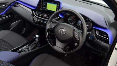 Toyota C-HR - cabin