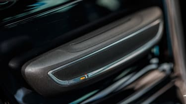 New Vauxhall Astra Sports Tourer - centre console
