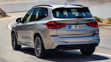 BMW X3M - rear tracking