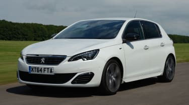 Peugeot 308 GT - front tracking