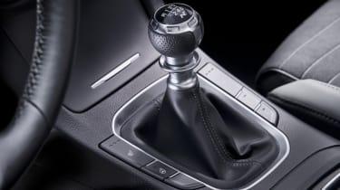 hyundai i30 fastback n line interior gear knob