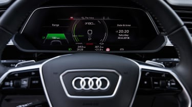 Audi e-tron - steering wheel