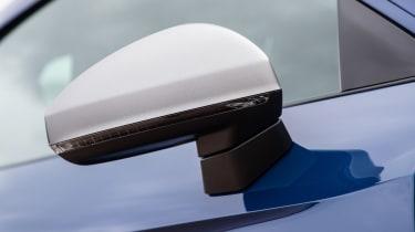 Audi R8 - wing mirror