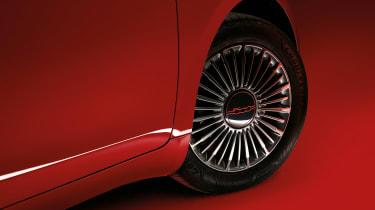 Fiat (500)RED - wheel