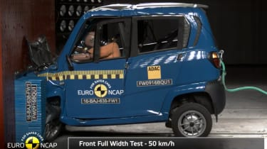 Bajaj Qute - crash test
