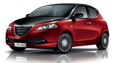 Chrysler Ypsilon Red and Black special edition