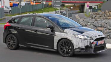 Ford Focus RS spy shot - side