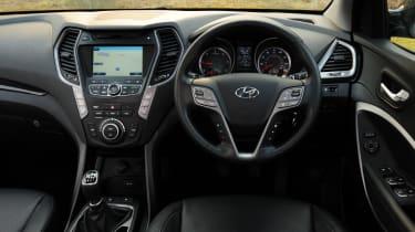 Hyundai Santa Fe 2.2 CRDi Premium interior