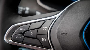 Renault ZOE - steering wheel controls