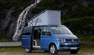 Volkswagen California T6 front