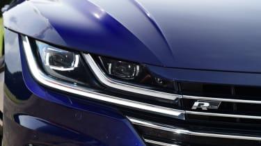 Volkswagen Arteon review - headlight