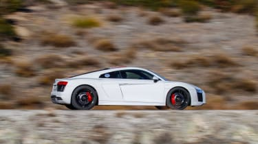Audi R8 RWS - side action