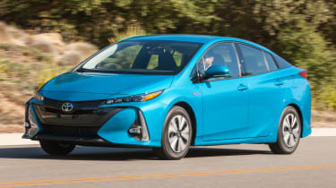 Toyota Prius Prime - front tracking