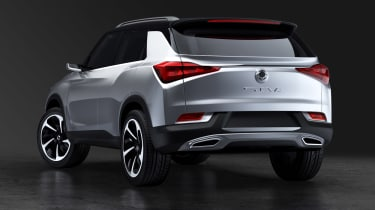 SsangYong SIV-2 - rear static