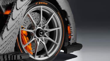 Lego McLaren Senna - wheel