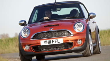 """<p class=""""p1"""">The mini convertible offers fun and style.</p>"""