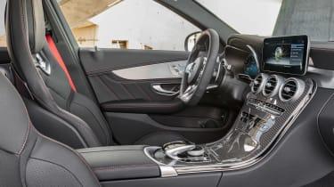 Mercedes-AMG C 43 - front seats