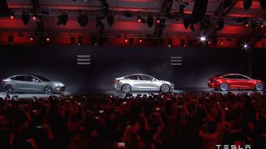 Tesla Model 3 stage