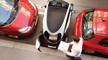Renault Twizy Cargo parking