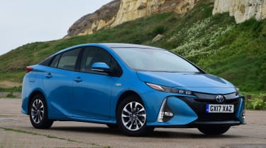 Toyota Prius Plug-in - front static
