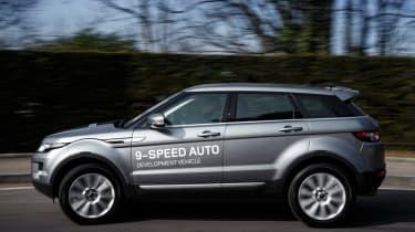 Range Rover Evoque nine-speed panning