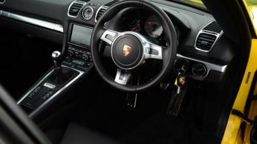 2014 Porsche Cayman dashboard