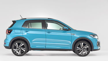 Volkswagen T-Cross - studio side