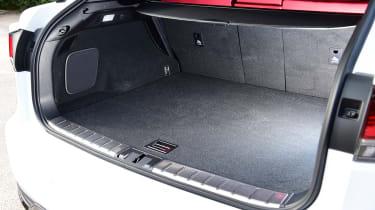 Lexus 450h F Sport - boot