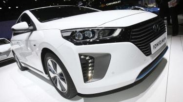 Hyundai Ioniq PHEV Geneva - front static