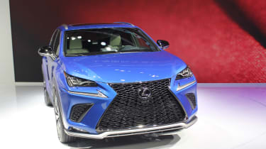 Lexus NX facelift 2017 nose