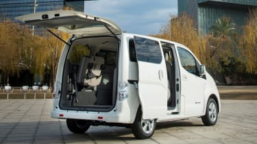 Nissan e-NV200 - rear doors open