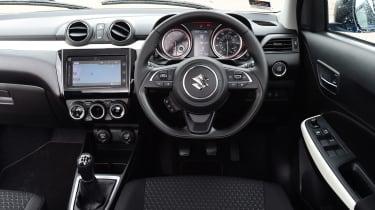 Suzuki Swift - dash