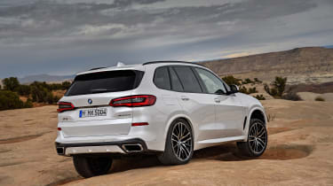 BMW X5 - rear off-road