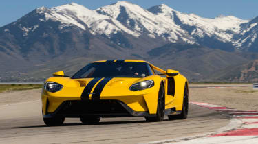 Ford GT - track front cornering