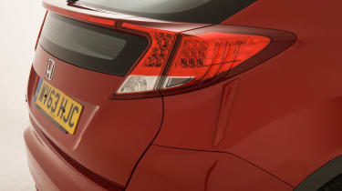 Honda Civic Mk9 - shutlines