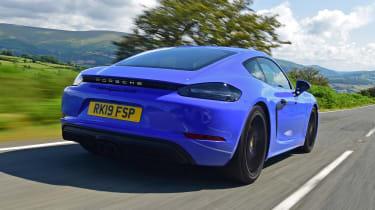 Porsche 718 Cayman - rear tracking