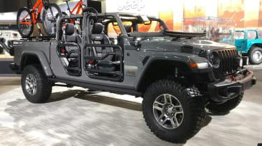 Jeep Gladiator - LA Motor Show - front