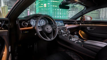 Bentley Continental GT V8 - coupe interior