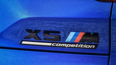 BMW X5 Competition - badge