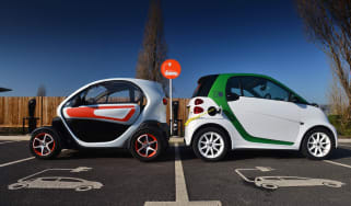 Smart ForTwo ED vs Renault Twizy