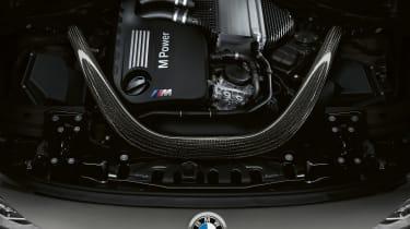 BMW M3 CS - engine