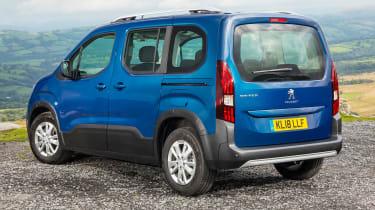Peugeot Rifter Allure BlueHDI diesel static rear