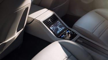 Porsche Panamera - studio rear screen