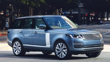 New Range Rover PHEV 2017 review - front quarter