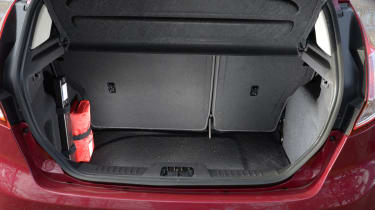 Ford-Fiesta-boot-space