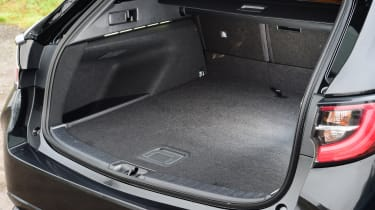 Suzuki Swace boot