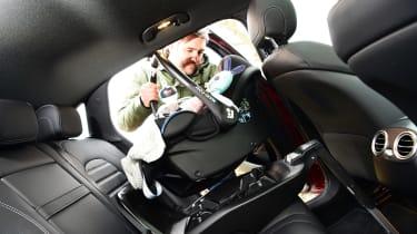Mercedes EQC 400 - car seat 2
